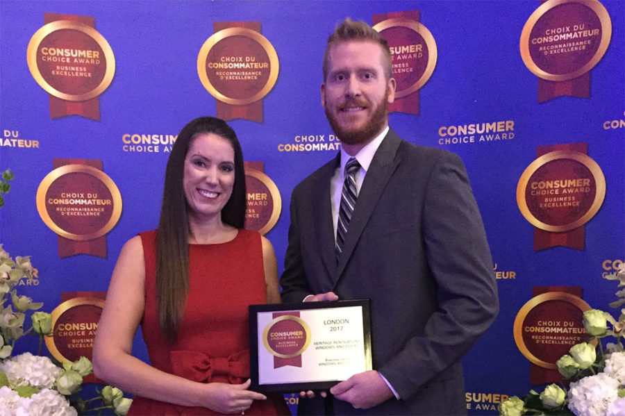 Shannon Ruffell and James Baker accept the 2017 Consumers Choice Award